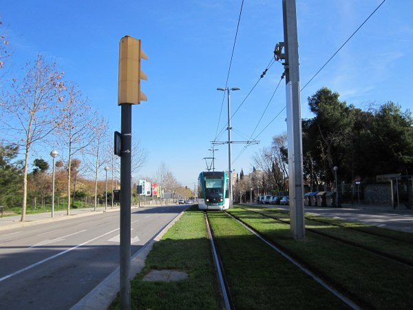 トラムに乗って・・・   Tram de Barcelona_b0064411_1352294.jpg