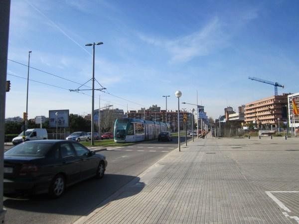 トラムに乗って・・・   Tram de Barcelona_b0064411_135771.jpg