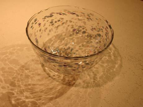 手吹きガラスの手洗いボール_e0074935_17534116.jpg
