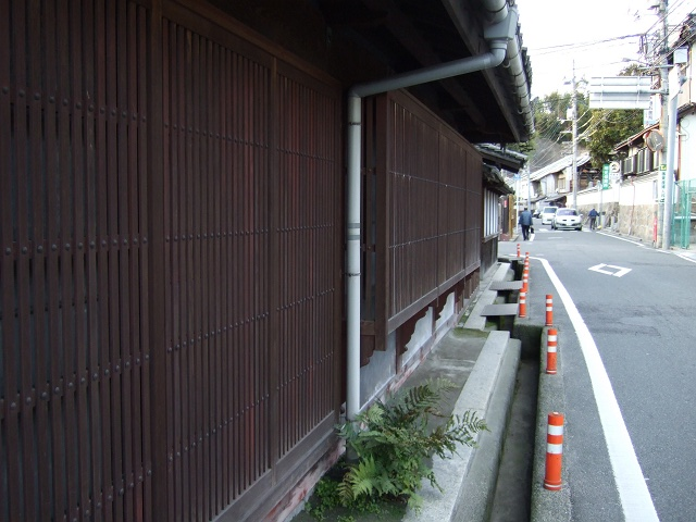千葉家住宅と、宿場町の名残と海田市の一里塚_b0095061_911356.jpg