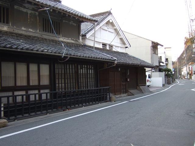 千葉家住宅と、宿場町の名残と海田市の一里塚_b0095061_92185.jpg