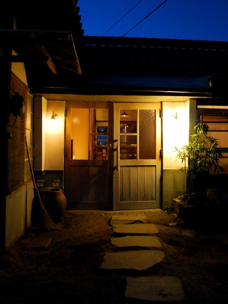 旅の終わりのYUSHI CAFE_c0177814_151176.jpg