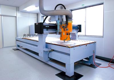 大型3D彫刻機 SHINX 20ZGN DX 導入 _a0168049_14505041.jpg