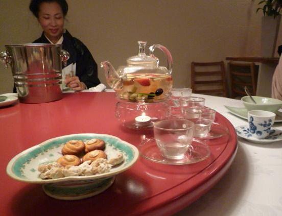 加藤ますえさんの着こなし・静華の杏仁豆腐。_f0181251_1838381.jpg