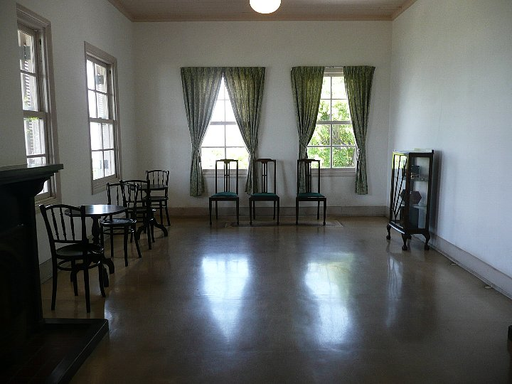 旧三菱第二ドックハウス_c0112559_13122225.jpg