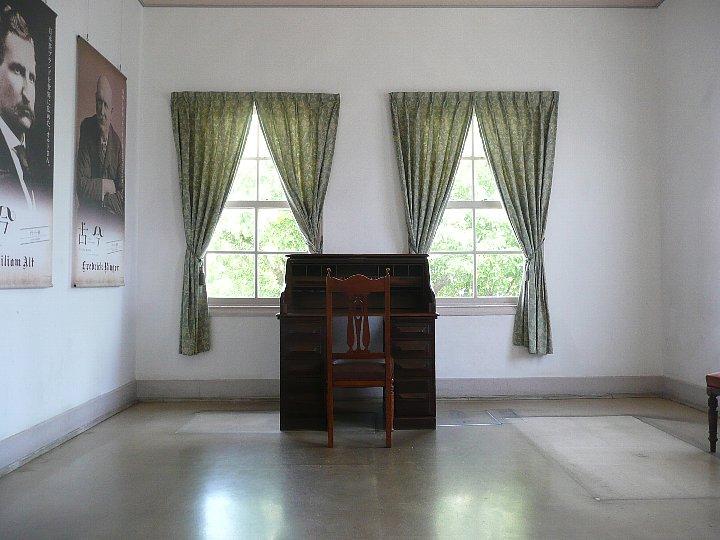旧三菱第二ドックハウス_c0112559_13125284.jpg