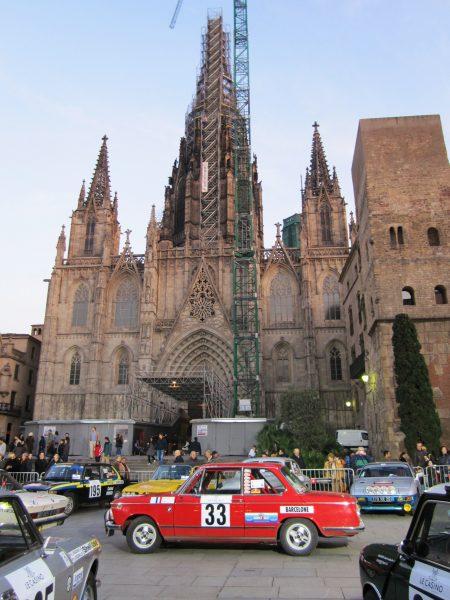 レトロ・カーのモンテカルロラリー Rally Montecarlo Historique 2010_b0064411_2312915.jpg