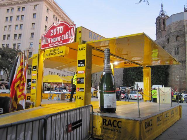 レトロ・カーのモンテカルロラリー Rally Montecarlo Historique 2010_b0064411_23165339.jpg