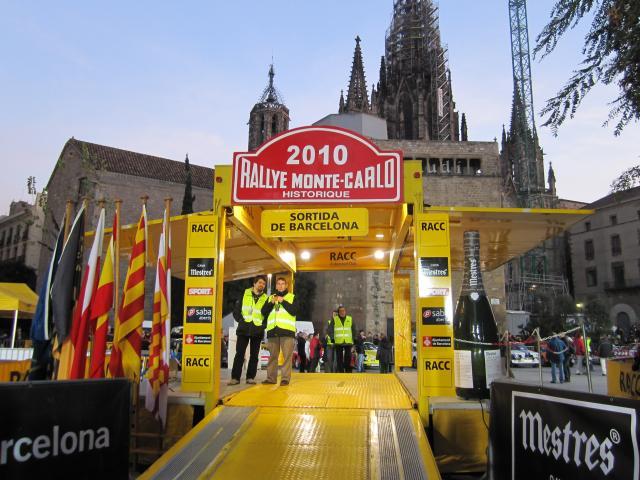 レトロ・カーのモンテカルロラリー Rally Montecarlo Historique 2010_b0064411_23172766.jpg
