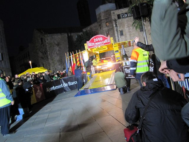 レトロ・カーのモンテカルロラリー2 Rally Montecarlo Historique 2010_b0064411_23215158.jpg