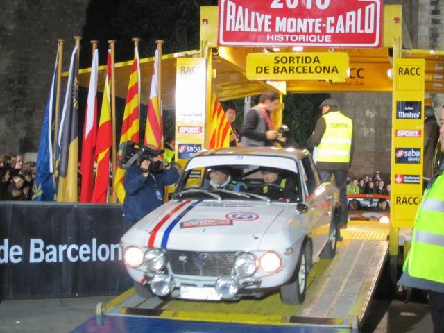 レトロ・カーのモンテカルロラリー2 Rally Montecarlo Historique 2010_b0064411_2334489.jpg