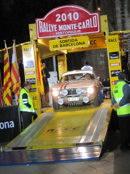 レトロ・カーのモンテカルロラリー2 Rally Montecarlo Historique 2010_b0064411_23354045.jpg