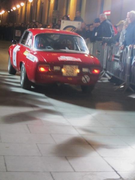 レトロ・カーのモンテカルロラリー2 Rally Montecarlo Historique 2010_b0064411_23451761.jpg