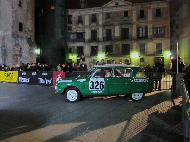 レトロ・カーのモンテカルロラリー2 Rally Montecarlo Historique 2010_b0064411_23493663.jpg