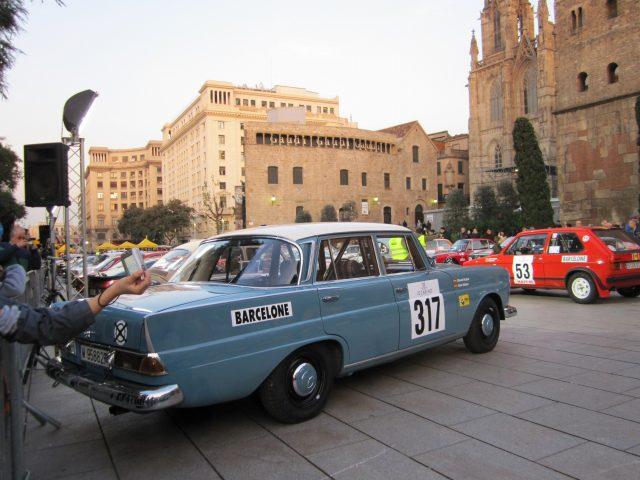 レトロ・カーのモンテカルロラリー Rally Montecarlo Historique 2010_b0064411_2364034.jpg