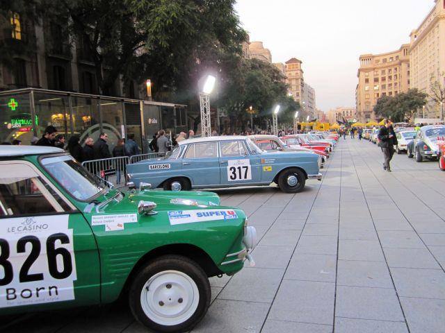 レトロ・カーのモンテカルロラリー Rally Montecarlo Historique 2010_b0064411_2371111.jpg
