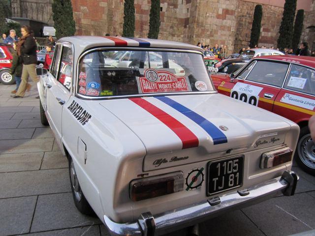 レトロ・カーのモンテカルロラリー Rally Montecarlo Historique 2010_b0064411_2373996.jpg