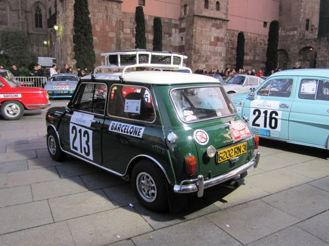 レトロ・カーのモンテカルロラリー Rally Montecarlo Historique 2010_b0064411_238272.jpg