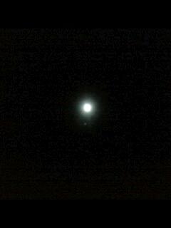 今夜は月がキレイ…_f0082612_2394066.jpg