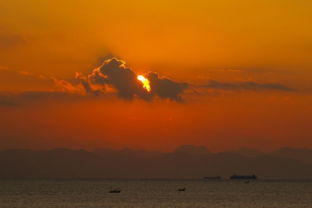 朝 の 風 景 No.11_d0039021_18322223.jpg
