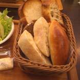 そう!そこにパンがあるのです!_a0166313_1515968.jpg