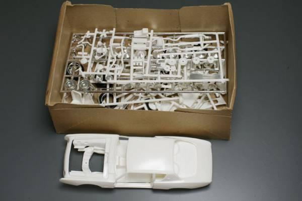 amt  1/25  Studebaker Avanti_b0058021_17184790.jpg