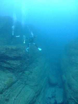 これが海底遺跡だぁ~        与那国島_e0184067_14401942.jpg