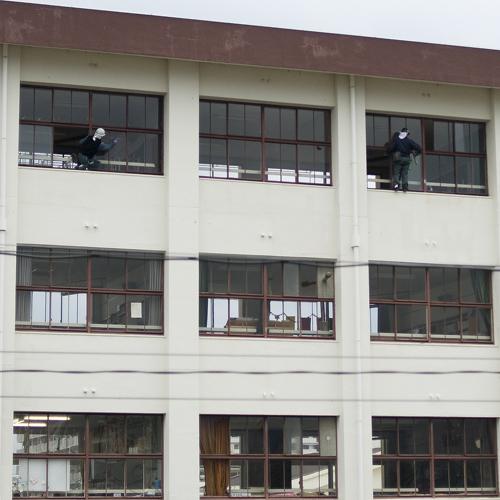 事務所の窓から_f0099102_17314759.jpg