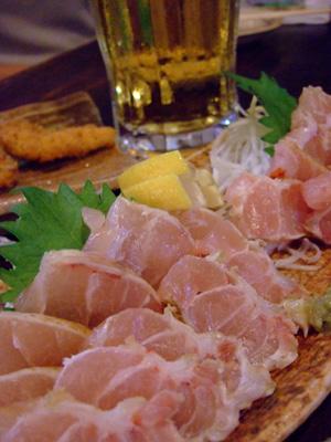 沖縄料理はいいねぇ~♪          与那国島_e0184067_8554062.jpg