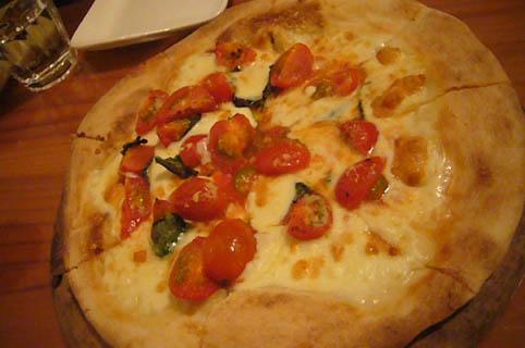 pork & pizza, kato-shokudo._c0153966_2245311.jpg