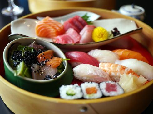 花輪(日本食レストラン)_c0090198_5112930.jpg