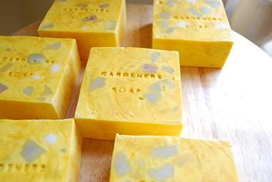 #91 Gardener\'s Soap_b0121501_17232654.jpg