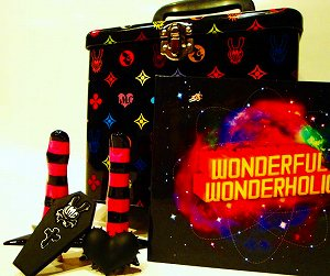 "LM.C 3rd ALBUM ""WONDERFUL WONDERHOLIC [SPECIAL BOX]""全貌が明らかに!!_e0025035_1126274.jpg"
