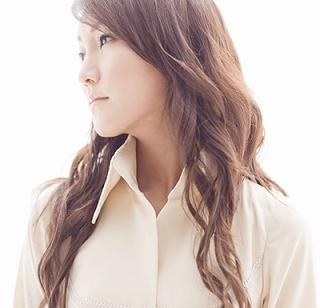 氷青、初のアルバム発売決定!_e0025035_1305932.jpg