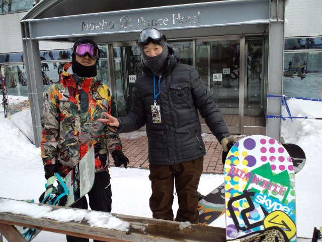 苗場スキー場には人が集まる♪_c0151965_1154438.jpg