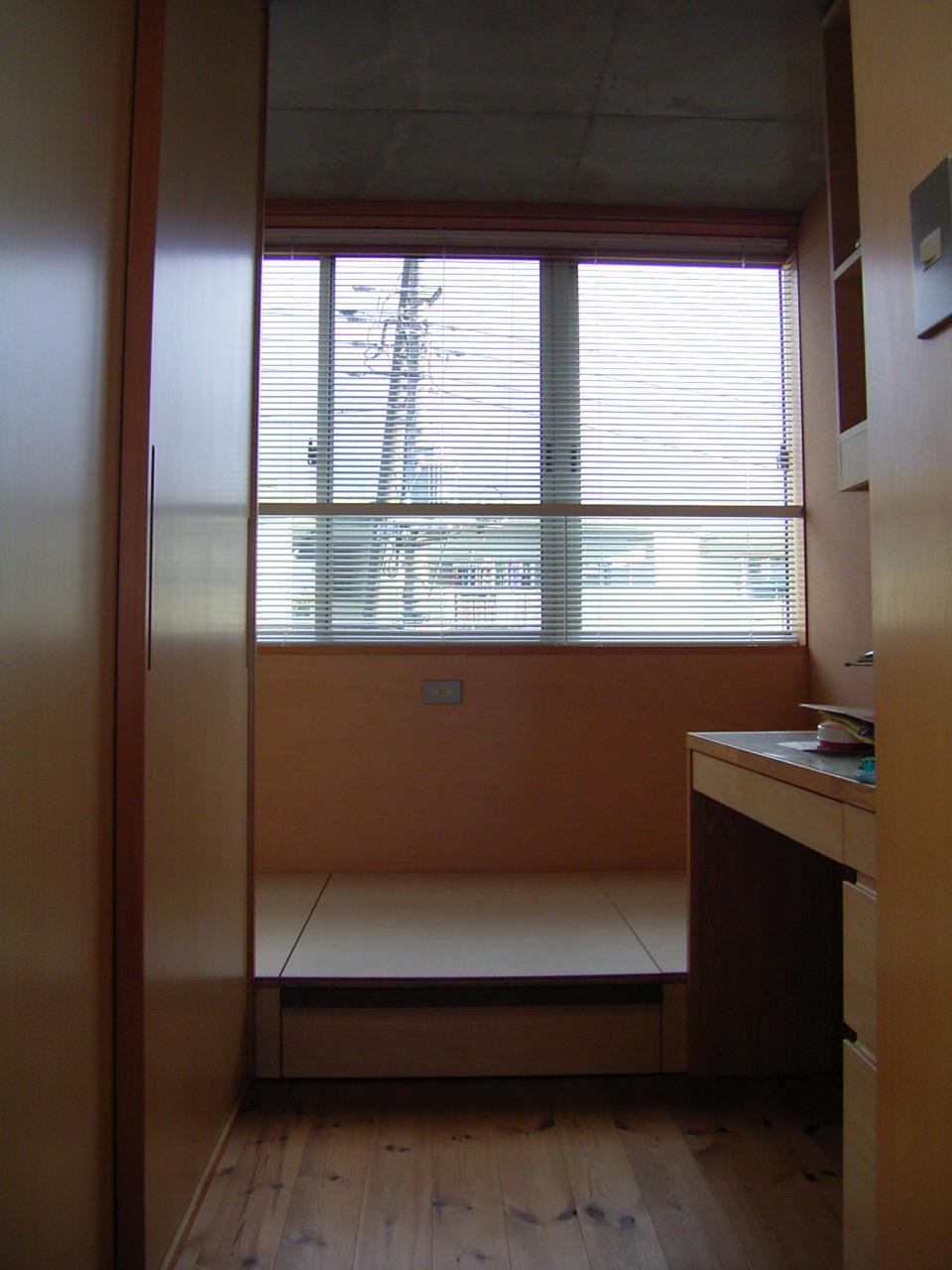 子供室のベッド工事_a0122098_16115725.jpg