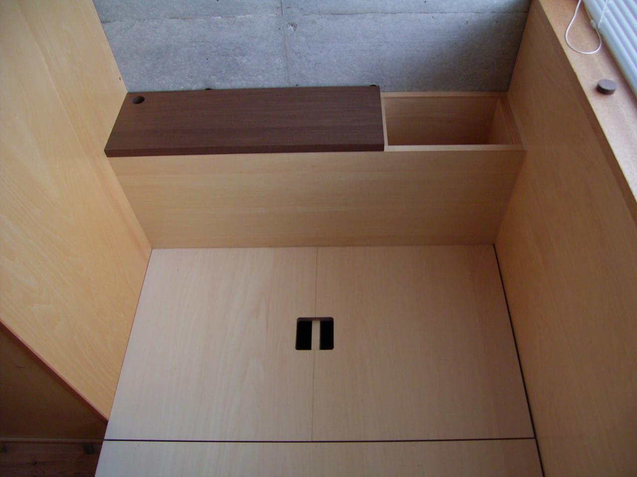 子供室のベッド工事_a0122098_16124247.jpg