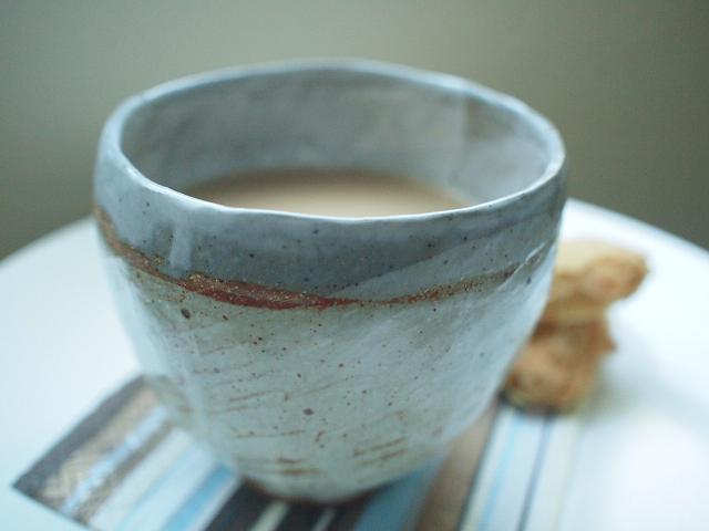あこがれミルクティーは コーヒー好き_e0147716_2383842.jpg