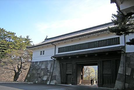 2月7日 東京散歩 皇居外回り_a0001354_22381066.jpg