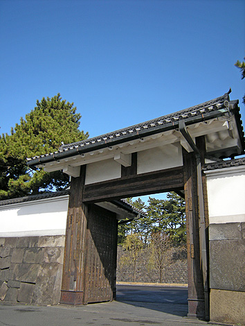 2月7日 東京散歩 皇居外回り_a0001354_22385085.jpg