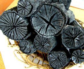 炭焼き小屋から(1) 炭焼き体験_b0102572_17342442.jpg