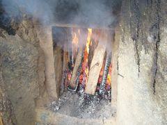 炭焼き小屋から(1) 炭焼き体験_b0102572_23332525.jpg