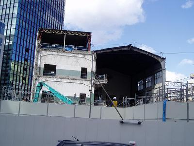 さよなら交通博物館 建物の解体状況(3)_f0030574_21235178.jpg