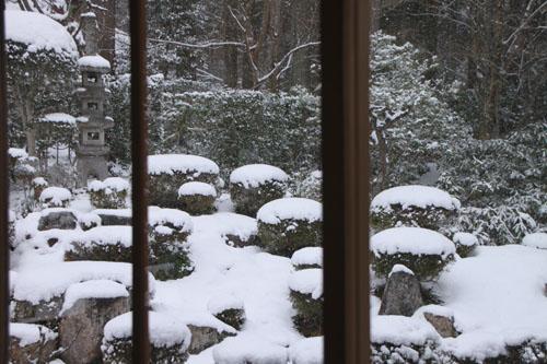 三千院雪景色_e0048413_23102584.jpg