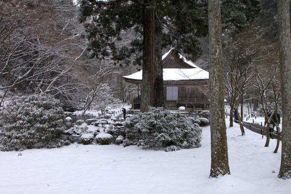 三千院雪景色_e0048413_23104244.jpg
