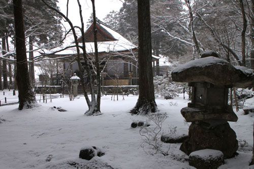 三千院雪景色_e0048413_23105570.jpg