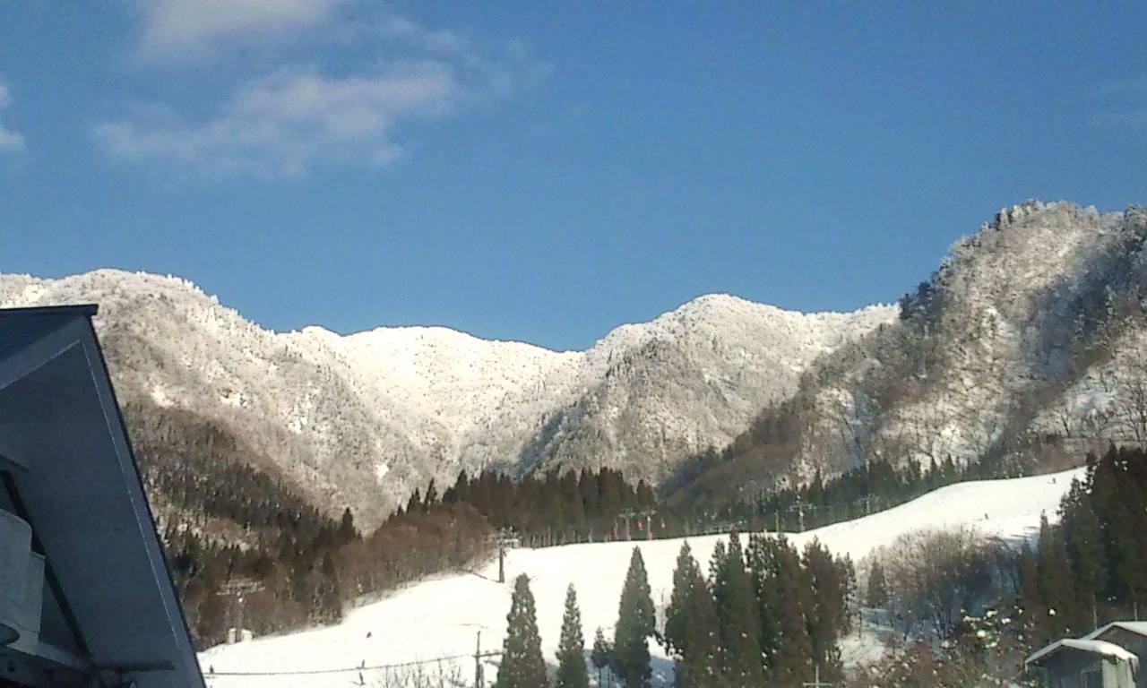 最高のスキー日和!!_f0101226_0303411.jpg