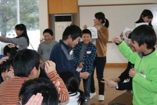 見附市立新潟小学校にて「学校に行けないってどういうこと?」ワークショップを実施しました。_c0167632_1650913.jpg