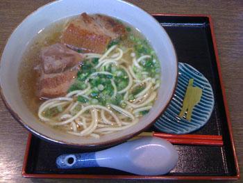 沖縄そば_f0196753_199817.jpg