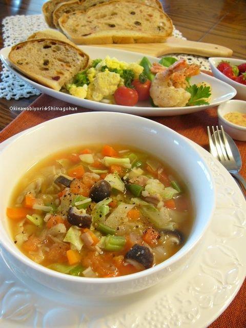 野菜たっぷりのミネストローネは食べるだけじゃない。もれなく冷蔵庫もキレイになる?
